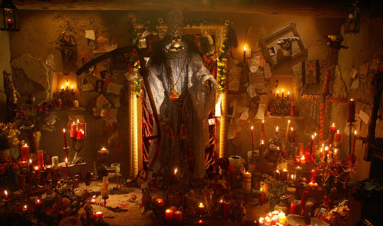 """Santa Muerte is Gaining Popularity as a """"Religion"""" in the Americas"""