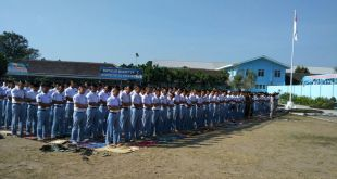 Sholat Berjamaah Sketsa Indonesia