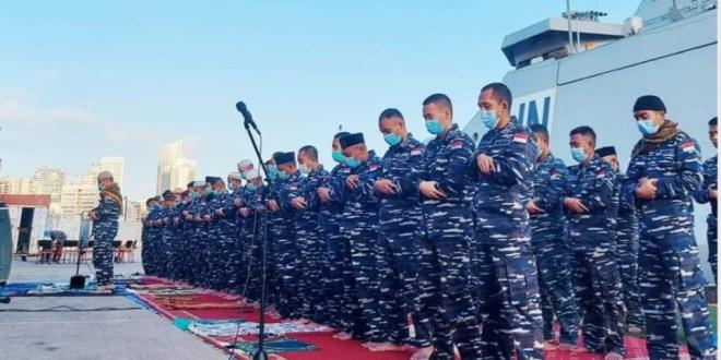 Personel KRI Sultan Iskandar Muda – 367 Rayakan Idul Fitri di Dermaga Beirut Lebanon