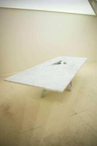 mesa Luna de Zaha Hadid para CITCO