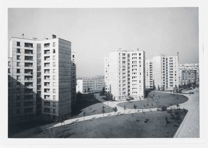 1955 - 1956, 493 logements, 75012 J. Bourgeois, J. Bukiet, J-B. Hourlier, G. Lesou, A. Picard, G. Tourry architectes © Collection Pavillon de l'Arsenal