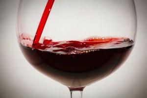 sc-red-wine-headache-health-0608-20160525