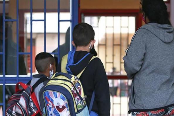 Κορωνοϊός: Ανησυχία μετά την αύξηση διασποράς και στα παιδιά