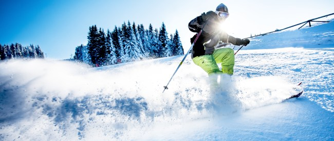 5 Must Have Ski Accessories