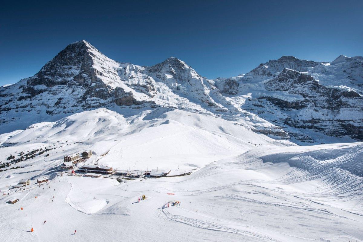 Ski4Kids_Freude-Herrscht_Jungfrauregion_Eiger_Moench_Jungfrau