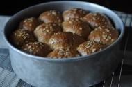Heavenly Oatmeal Molasses Rolls