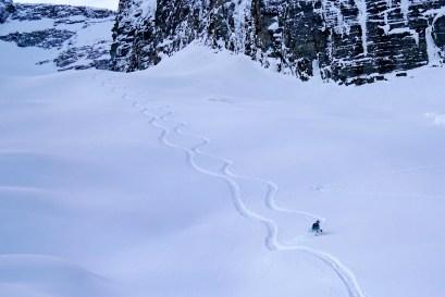 Glenn powder skiing near Sapphire 3.