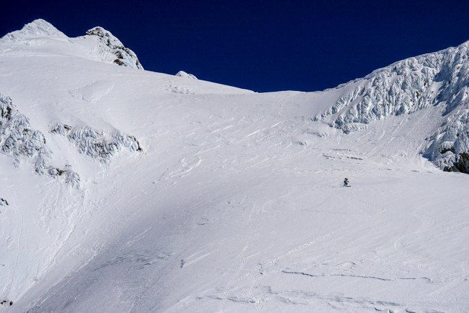 Hans skiing the upper pitch of the Footstool