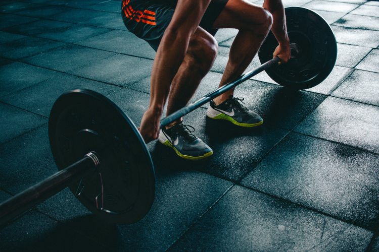 Male athlete weightlifting
