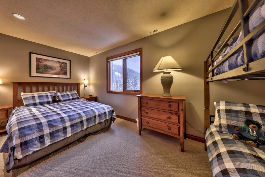 Timberline Village 2 Bedroom Unit #14 BR