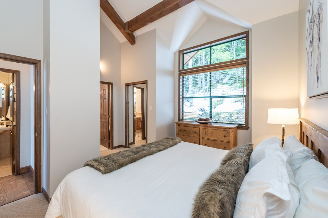 25 Northern Lights Whistler Bdrm