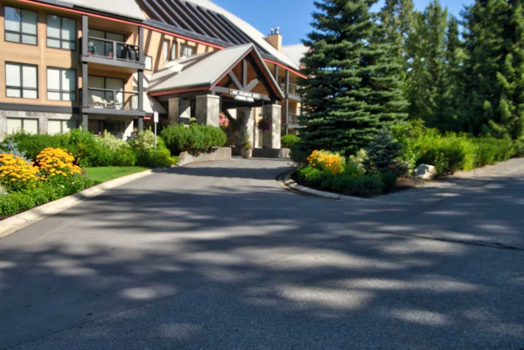 3 Bedroom Powderhorn Blackcomb Benchlands (17)