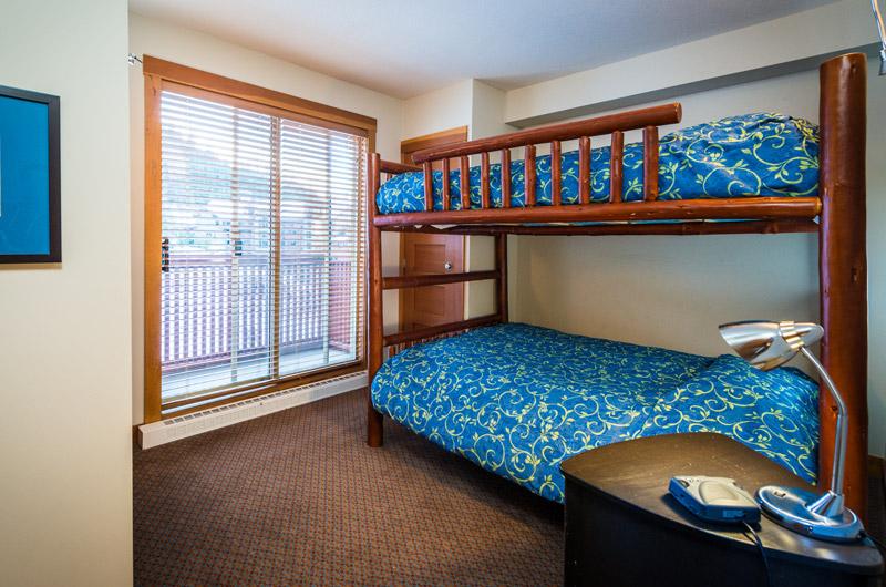 3 bedroom the legends whistler ski in ski out bunk room