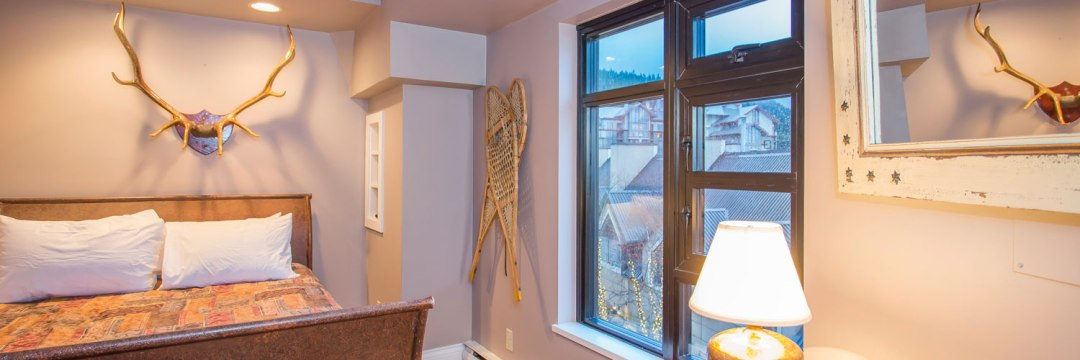 306-Whistler-Village-Location-Bedroom-Base-of-Mountain
