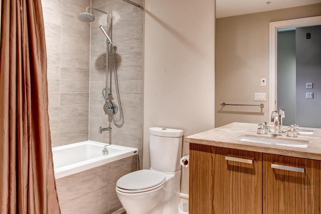 4 Bedroom Fitzsimmons Walk Whistler Luxury Rental (36)