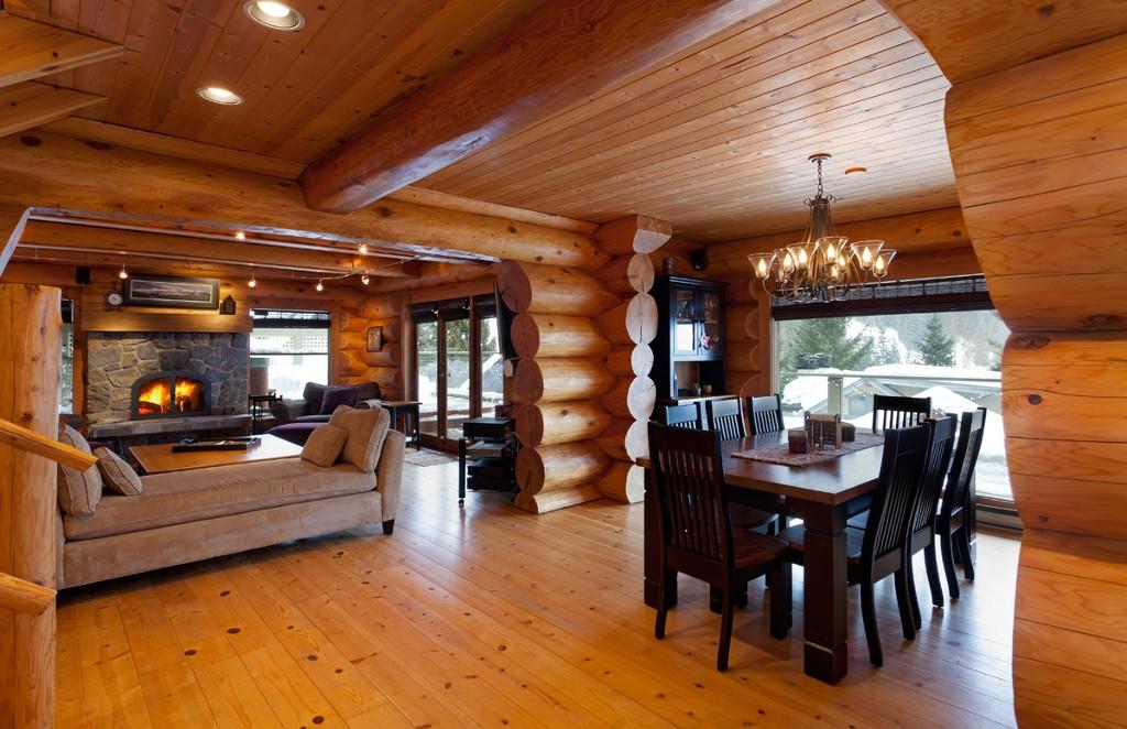 5 Bedroom Snowridge Whistler Ski In Ski Out (16)