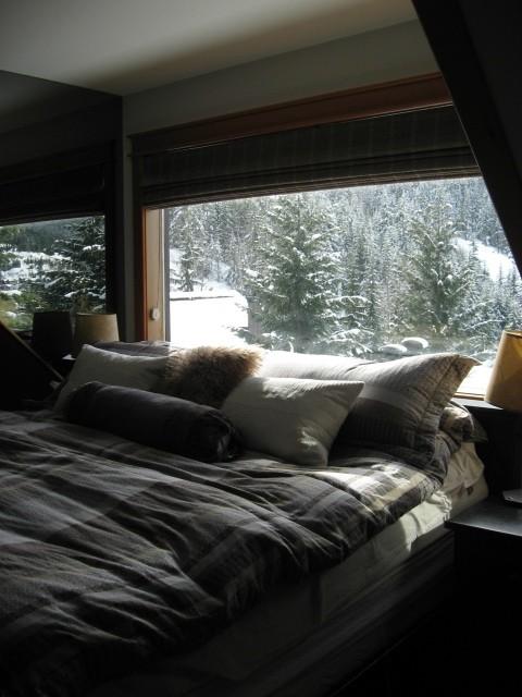 5 Bedroom Snowridge Whistler Ski In Ski Out (2)
