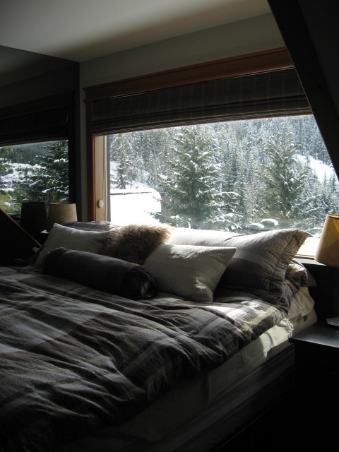 5 Bedroom Snowridge Whistler Ski In Ski Out (2)