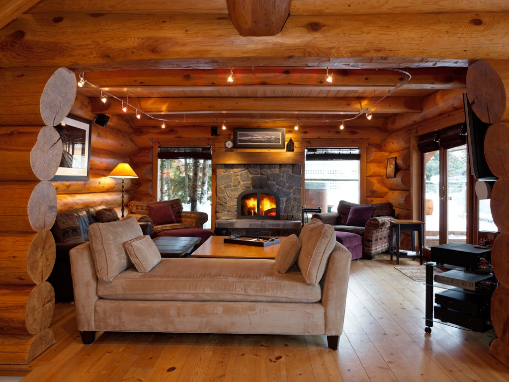 5 Bedroom Snowridge Whistler Ski In Ski Out (9)