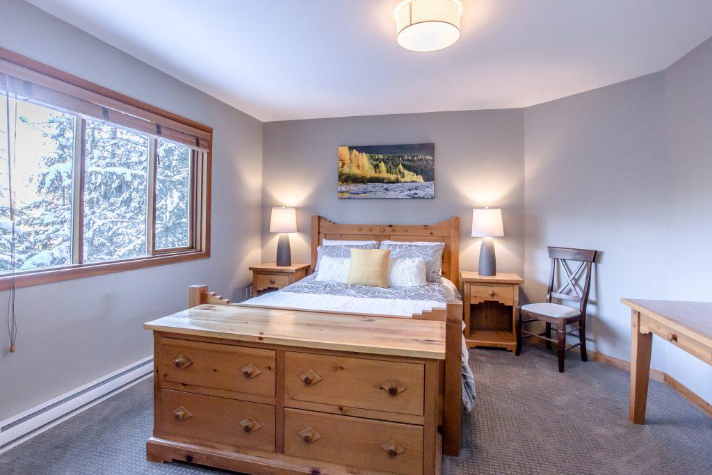 7 Bedroom Whistler Village Home (6)