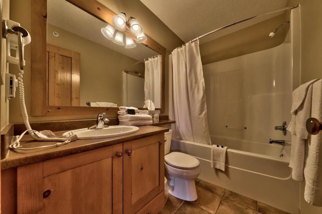 Crystal Forest 4 Bedroom Unit #70 BATH