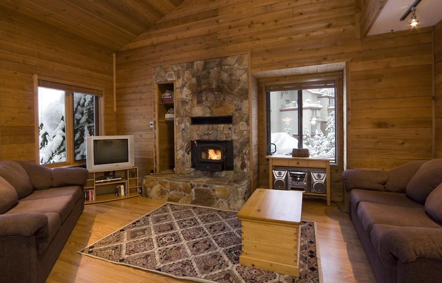 Whistler Village Accommodation - Telemark Living Room