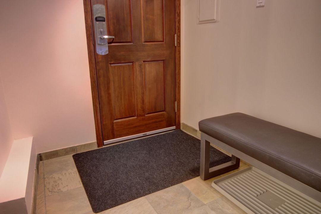 Aspens 1 Bedroom Unit 109 HALL