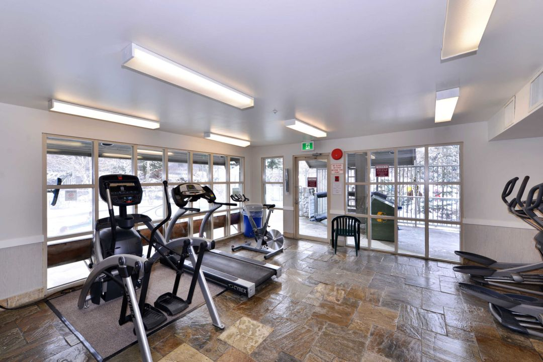 Aspens 1 Bedroom Unit 121 GYM