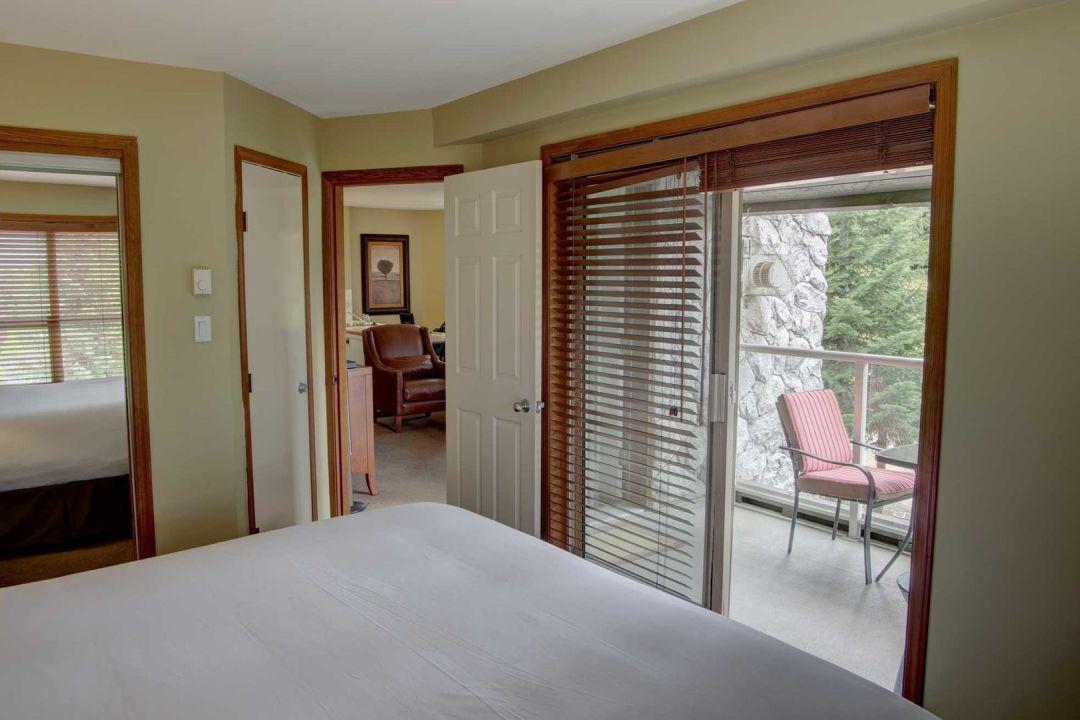 Aspens 1 Bedroom Unit 209 BR4