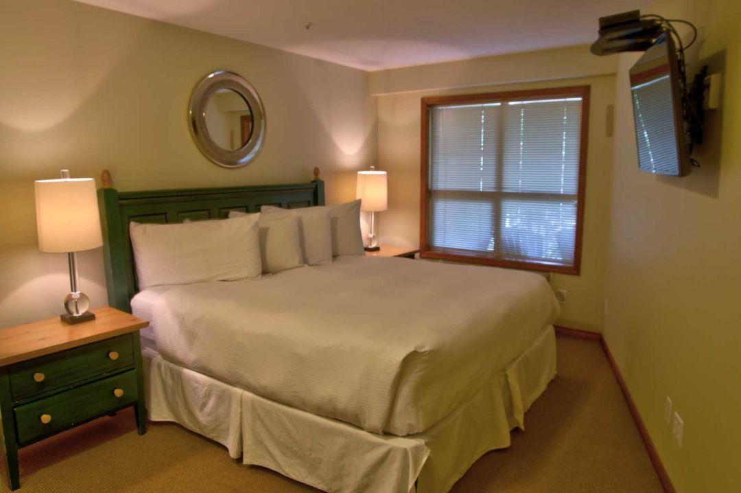 Aspens 1 Bedroom Unit 215 BR