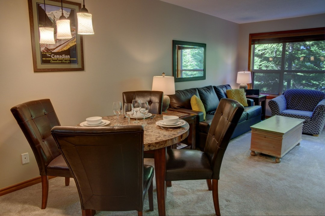 Aspens 1 Bedroom Unit 229 DR
