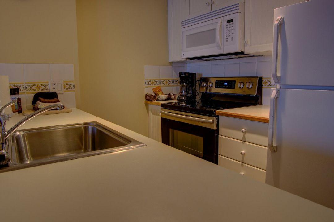 Aspens 1 Bedroom Unit 238 KIT