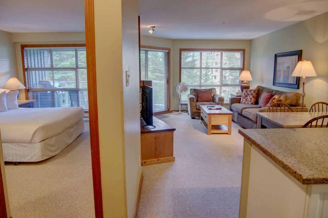 Aspens 1 Bedroom Unit 414 HALL
