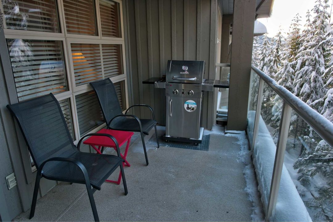 Aspens 1 Bedroom Unit 415 BBQ2