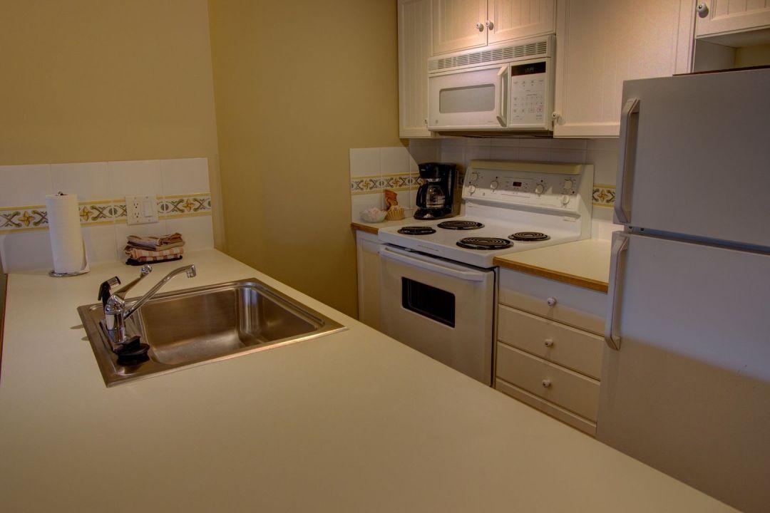 Aspens 1 Bedroom Unit 443 KIT