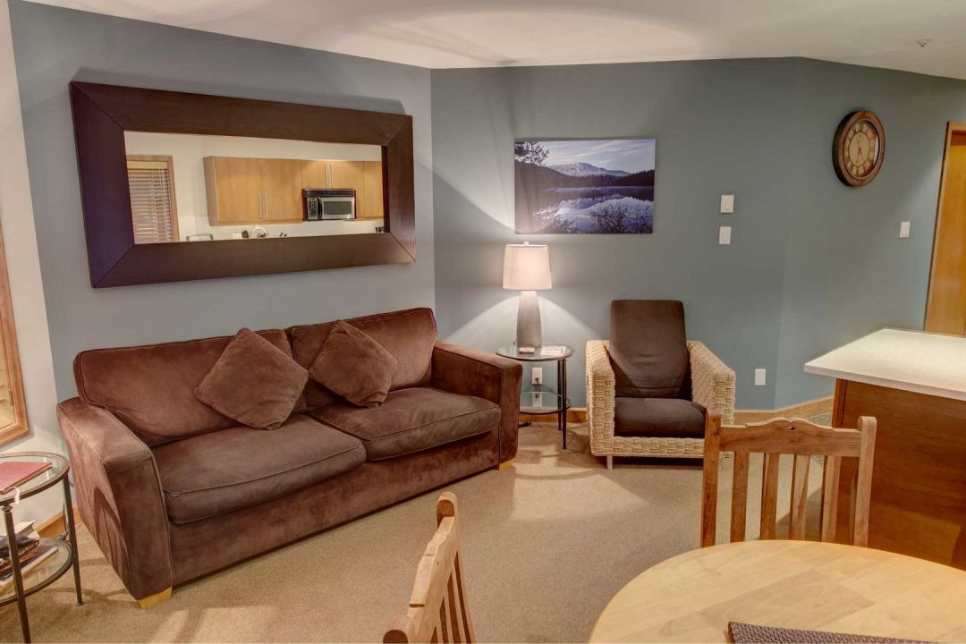Aspens 2 Bedroom Unit 112 LR2