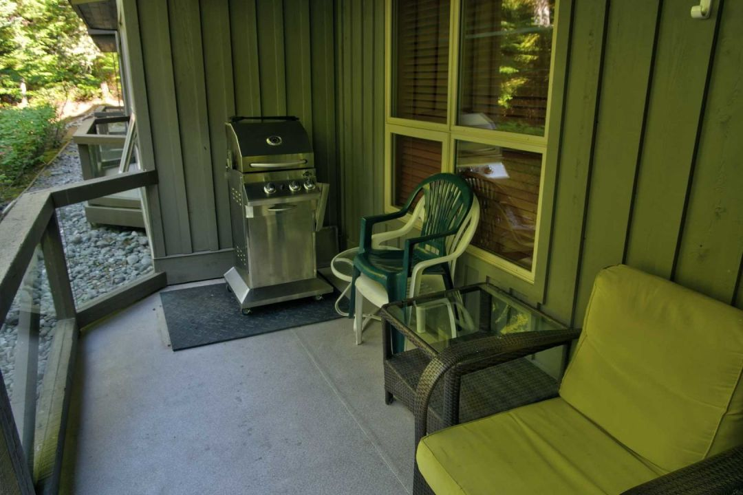 Aspens 2 Bedroom Unit 127 BBQ