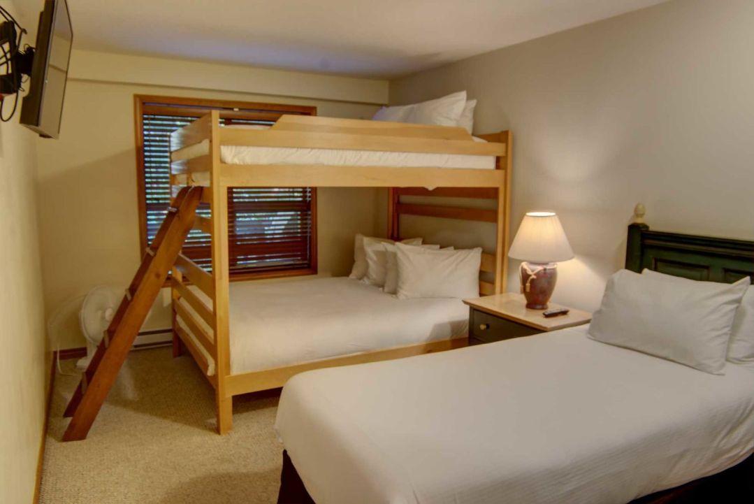 Aspens 2 Bedroom Unit 127 BR2