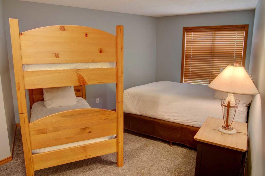 Aspens 2 Bedroom Unit 207 BR2
