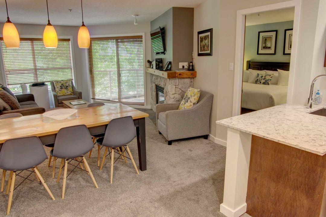 Aspens 2 Bedroom Unit 207 LR3