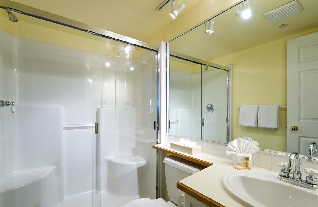 Aspens 2 Bedroom Unit 252 BATH2