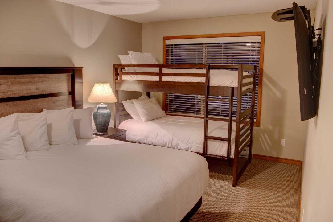 Aspens 2 Bedroom Unit 319 BR3