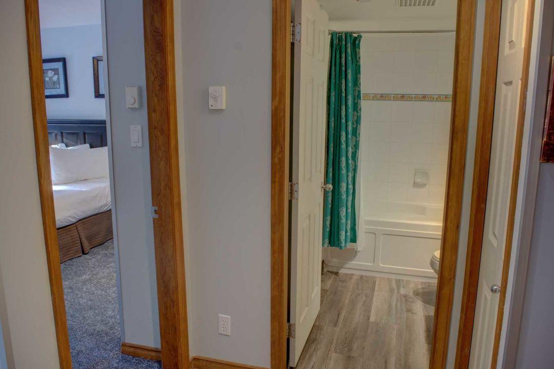 Aspens 1 Bedroom Unit 353 HALL2