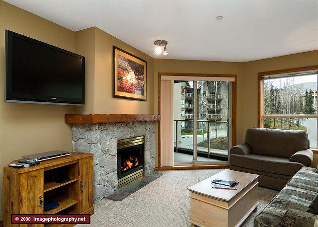 Whistler Aspens 242 Living Room
