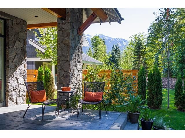 Nicklaus North Luxury Rental Home Whistler (14)