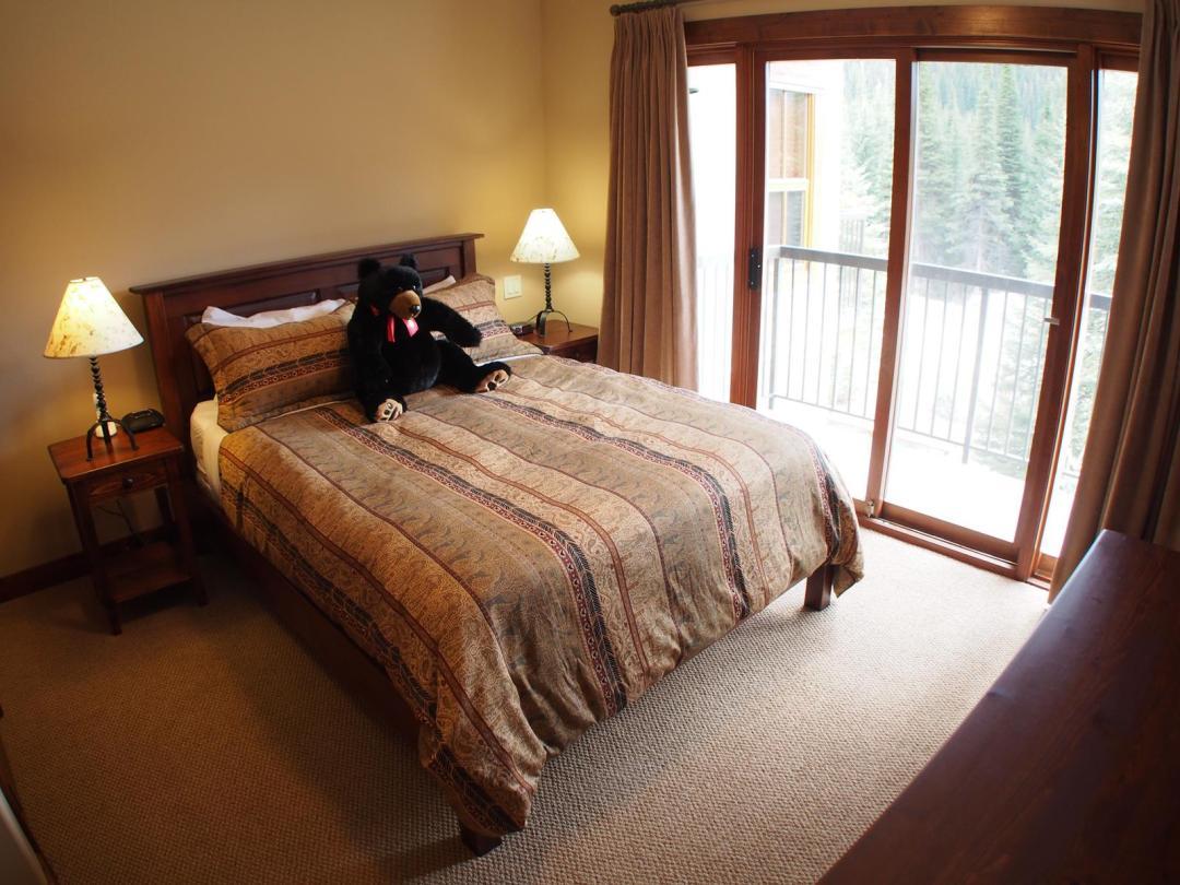Woodhaven 4 Bedroom + Den Unit #36 BR