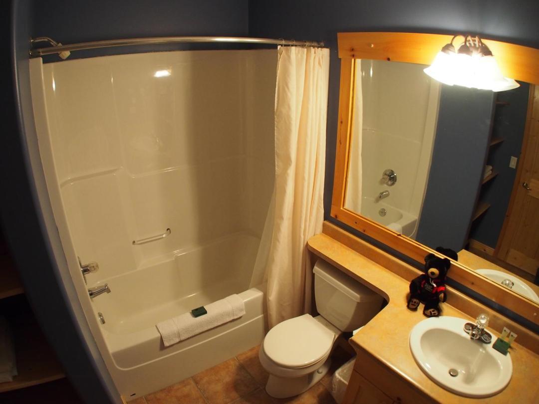 Crystal Forest 2 Bedroom Unit #4 Bath