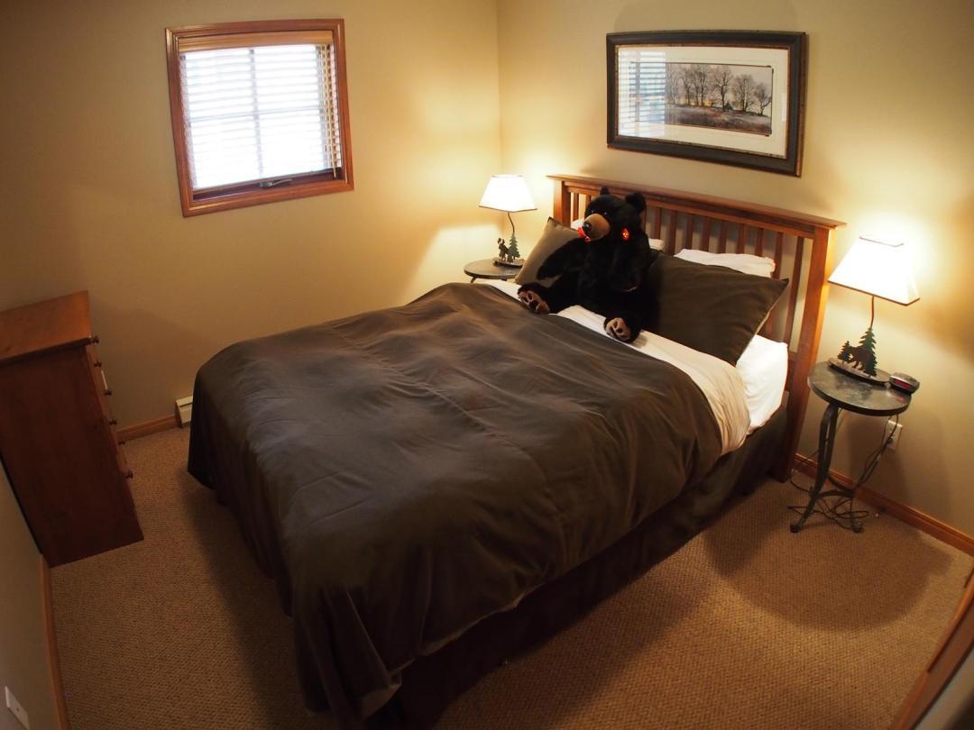Trail's Edge 4 Bedroom + Den  Unit #25 br