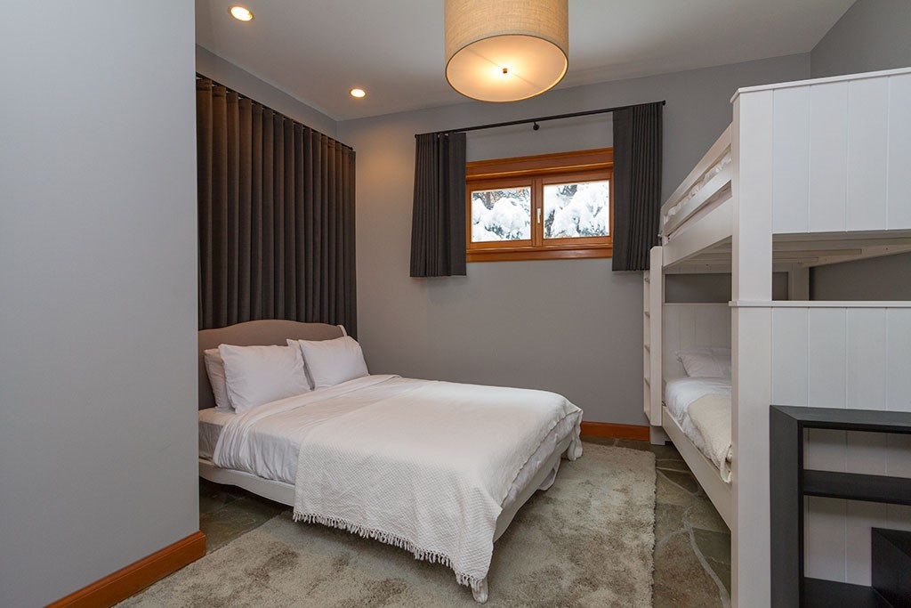 Peak Chalet Whistler Luxury Vacation Bunk Bedroom