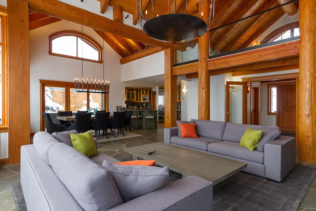 Peak Chalet Whistler Luxury Vacation Dining